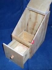 The Hall nest box design